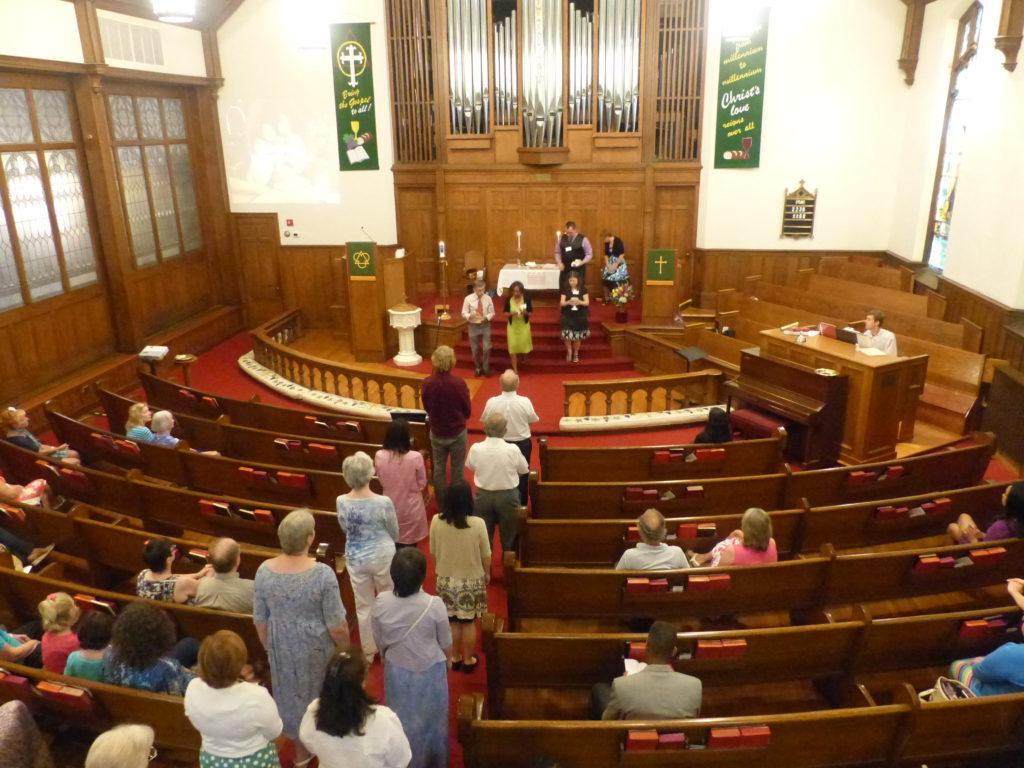 worship communion from balcony long P1030777